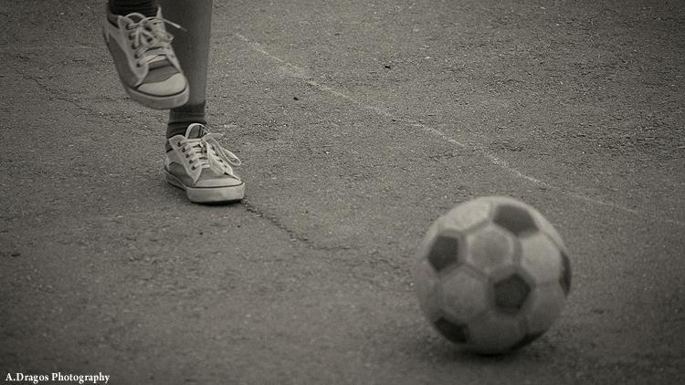 copilaria-fotbal-in-strada-1