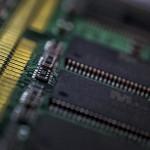 O eră a tehnologiei 4 - Nikon D7000, 50 1.8 întors, 1/30, f/5.6, ISO 800