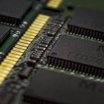 O eră a tehnologiei 5 - Nikon D7000, 50 1.8 întors, 1/50, f/5.6, ISO 1000