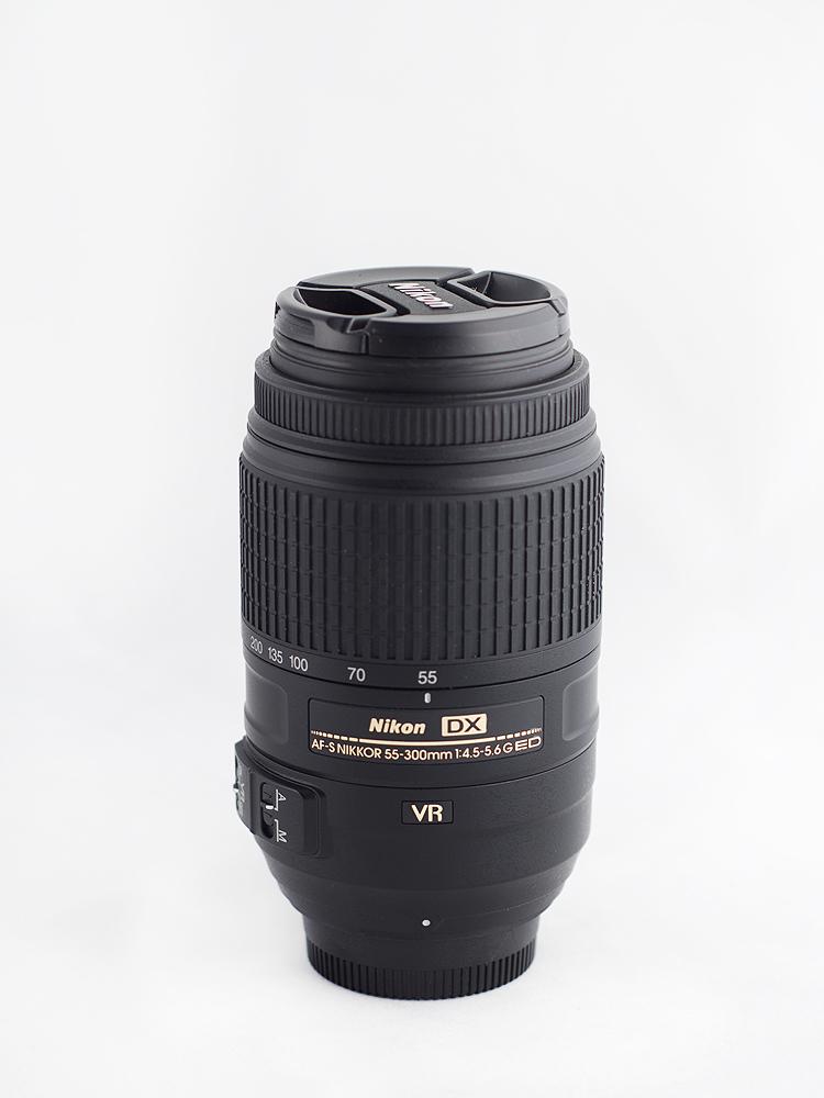 Nikon 55-300 VR - Nikon D7000 + 50 1.8 - 1/80s, f/3.5, ISO 250