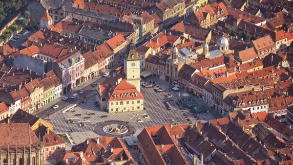 Zbor peste Transilvania - Piața Sfatului, Brașov