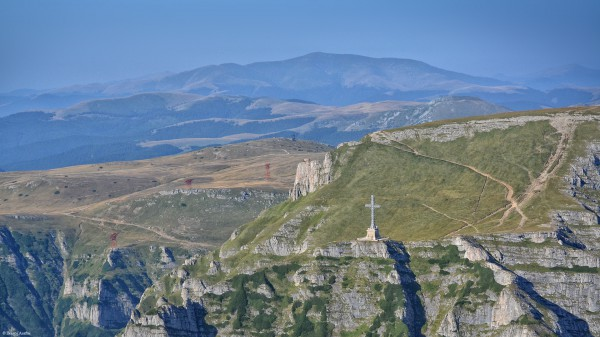 Zbor peste Transilvania: Crucea Caraiman