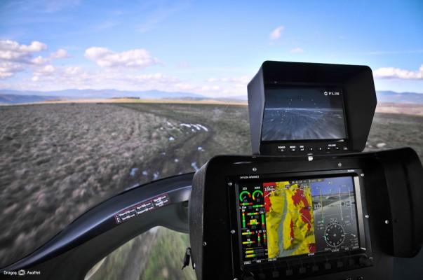 Fotografie din girocopter cu Nikon D700