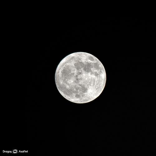 Superluna din 5-6 mai 2012