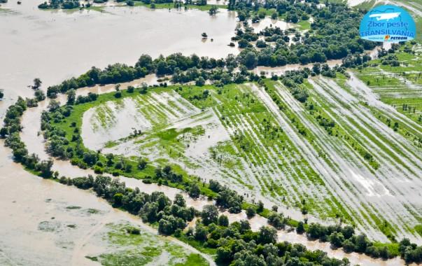 Zbor peste Transilvania - Inundații produse de Olt