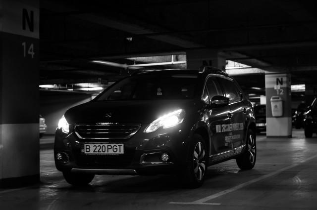 Fotografii Peugeot 2008 - Pacare subterană