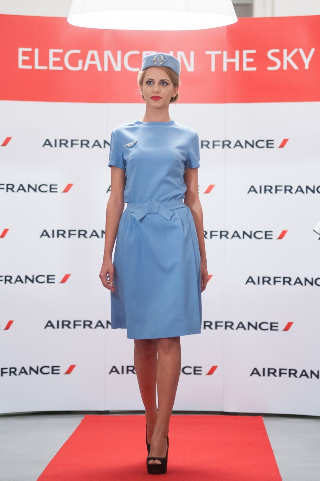 Prezentare de modă - Ținutele stewardeselor Air France