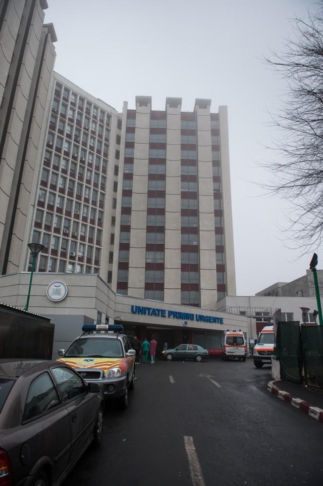 Spitalul Municipal - - Fotoreportaj: 15 ore pe ambulanță