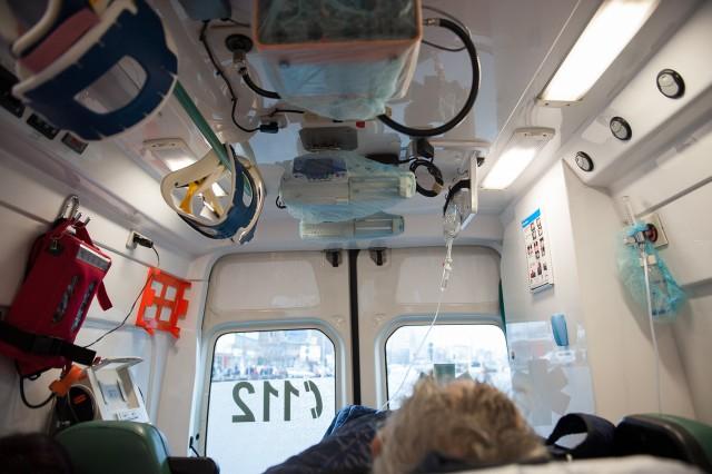 Preluarea pacientului - Fotoreportaj: 15 ore pe ambulanță