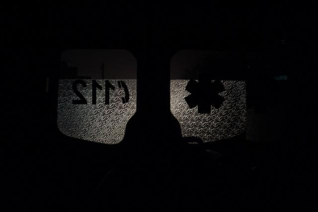 Drumul de întoarcere - Fotoreportaj: 15 ore pe ambulanță