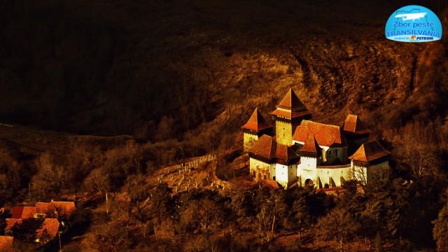zbor-peste-transilvania-biserica-fortificata-viscri-4