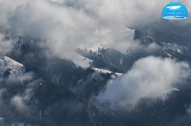 zbor-peste-transilvania-norii-deasupra-platoului-bucegilor-12