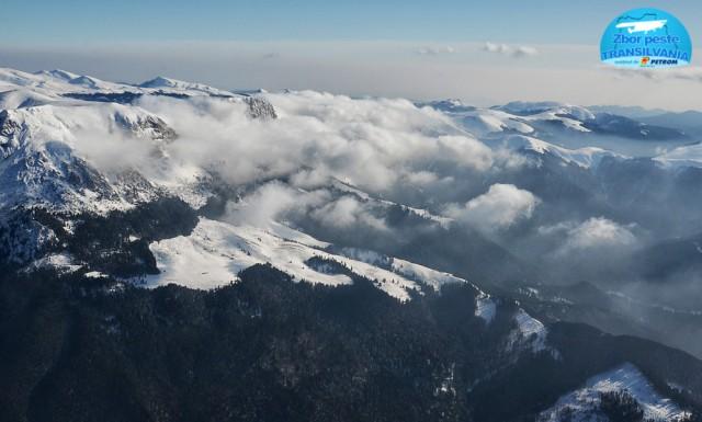 zbor-peste-transilvania-norii-deasupra-platoului-bucegilor-5
