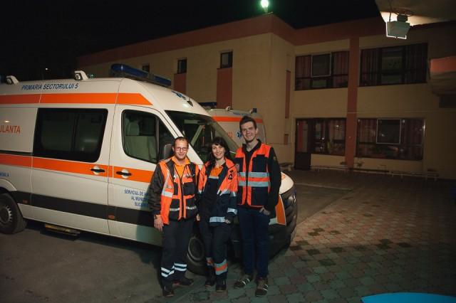 garda-de-noapte-pe-ambulanta-65