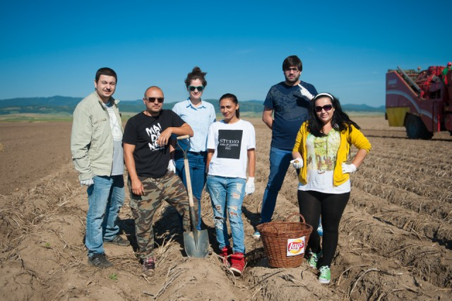 fermierii-lays-recoltarea-a-doua-zi-low-res-131_resize