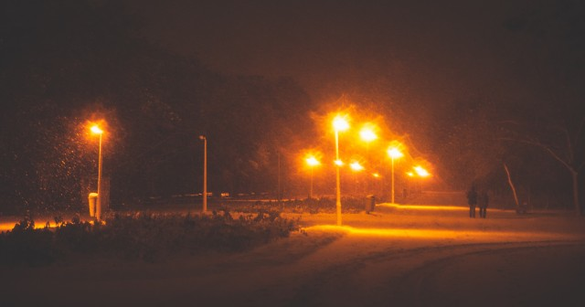 prima-ninsoare-foto-de-noapte-13
