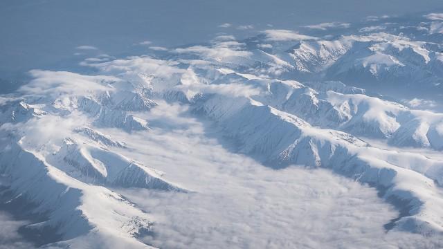 Carpații Meridionali fotografiați din avion la început de primăvară 12