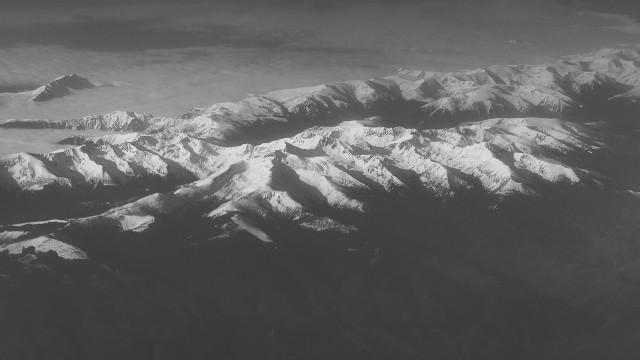 Carpații Meridionali fotografiați din avion la început de primăvară 17