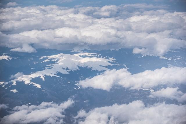 Carpații Meridionali fotografiați din avion la început de primăvară 5