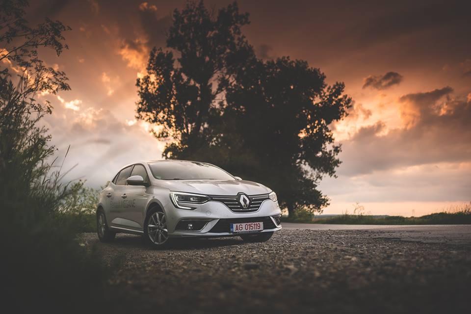 Galerie foto de weekend: Noul Renault Megane – Acasă și pe Transbucegi