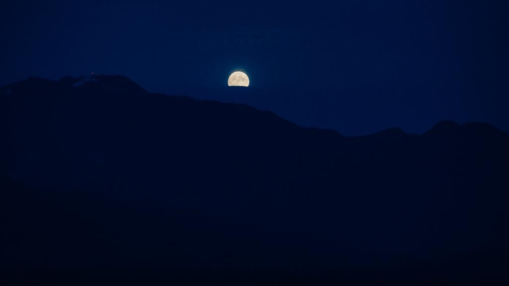 FOTO: Răsărit de Super Lună (15 Octombrie 2016)